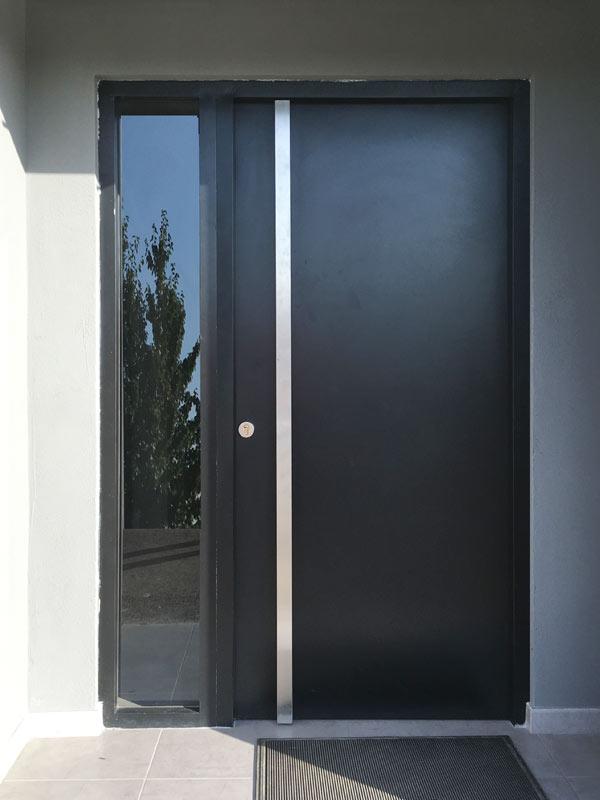Puertas residenciales. Modelo Style